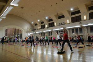 MOVE & DANCE mit Wolfgang - Outdoorsport für Erwachsene